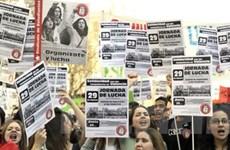 Kinh tế Tây Ban Nha tiếp tục rơi vào cơn suy thoái