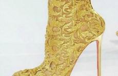 Năm mẫu giày đưa bạn lạc vào những miền cổ tích