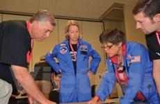 Đào tạo mô phỏng phi hành gia cho giáo viên THCS