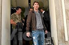 Messi bất ngờ đến Milan và ăn trưa với Galliani