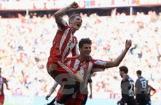 Bayern hồi sinh bằng cú hat-trick của Mario Gomez