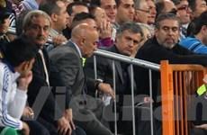 Mourinho xem trận lượt về tại… phòng khách sạn