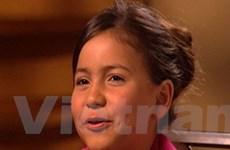 Hãi hùng bà mẹ tiêm botox cho con gái tám tuổi