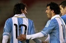Tevez vẫn giữ chỗ trong đội hình dự Copa America