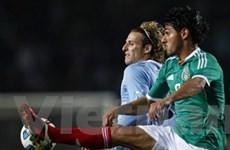 Argentina và Uruguay sớm đụng nhau ở vòng tứ kết