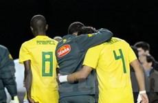 Brazil thành cựu vương sau loạt penalty hổ thẹn