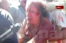 Ông Gaddafi bị bắt sống rồi mới bị NTC bắn chết?