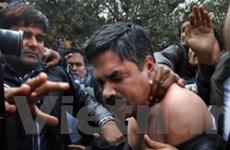 Giẫm đạp ngoài đền thờ ở Ấn Độ, 10 người chết