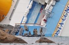 """Italy có thể cấm tàu du lịch lớn sau vụ """"Titanic 2"""""""