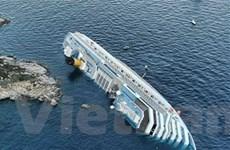 Tàu Italy mắc cạn vẫn còn hàng ngàn tấn nhiên liệu
