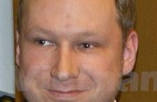 Sát thủ Na Uy Breivik bị truy tố tội khủng bố và giết người
