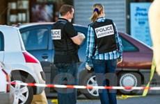Xả súng điên loạn tại một trường Do Thái ở Pháp