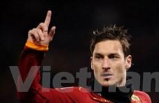 20 năm qua, Totti chỉ chịu kém mỗi mình Leo Messi