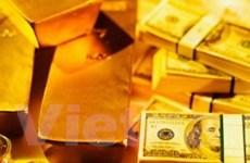 """Giá vàng trong nước đang """"xích"""" gần với thế giới"""