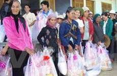 Đắk Lắk tặng quà tết và khám bệnh cho người nghèo