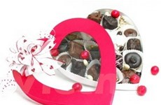 Thị trường quà Valentine đìu hiu vì trùng Tết