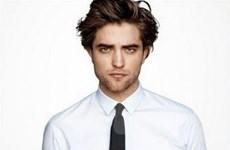 """""""Ma cà rồng"""" Robert Pattinson gợi cảm nhất thế giới"""