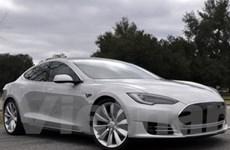 Tesla muốn có hệ thống tự lái rẻ hơn của Google