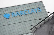 Mỹ phạt Barclays 453 triệu USD vì thao túng giá điện