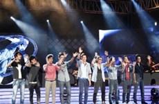 """""""Đêm các chàng trai"""" dạo đầu Vietnam Idol đơn điệu"""