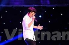 """The Voice: Nóng cuộc chiến giành giọng hát """"khủng"""""""