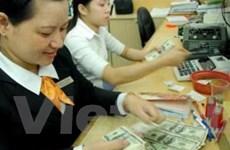 Cá nhân ra nước ngoài được mua 100 USD/ngày