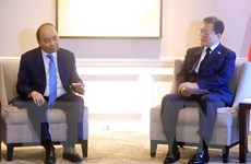 Chủ tịch nước Nguyễn Xuân Phúc gặp lãnh đạo các nước, tổ chức quốc tế