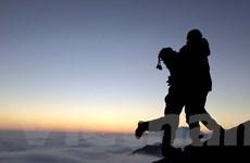 [Photo] Ngắm cảnh bình minh tuyệt đẹp trên đỉnh Hoàng Liên Sơn