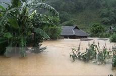 Hình ảnh nhà dân ở Sơn La chìm trong biển nước vì mưa lũ