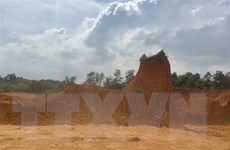 Hà Nội: Phớt lờ công luận, đồi ở Ba Vì vẫn bị 'gặm' nham nhở