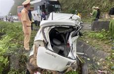 Hòa Bình: Va chạm với xe khách, hai người trên xe con tử vong tại chỗ