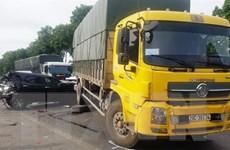 Thanh Hóa: Chín xe ôtô đâm nhau liên hoàn trên Quốc lộ 1A