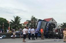 Xác định danh tính tài xế vụ lật xe tải làm chết 5 người ở Hải Dương