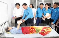 Nam Định: Tổng Liên đoàn Lao động thăm hỏi công nhân vụ ngộ độc khí