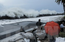 Hải quân Ấn Độ sẵn sàng triển khai cứu trợ nhân đạo đối phó bão Maha