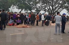 Hiện trường vụ tai nạn thảm khốc làm 7 người chết tại Vĩnh Phúc