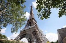 Pháp: Tháp Eiffel đã mở cửa trở lại sau đe dọa đánh bom