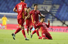 Đội tuyển Việt Nam nhận thưởng 4 tỷ đồng sau thắng lợi trước Malaysia
