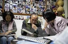 ''Ông mai'' mát tay se duyên cho hàng nghìn cặp đôi ở Trung Quốc