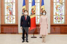 Tổng thống Moldova đánh giá cao những thành tựu của Việt Nam