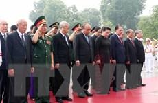 [Photo] Lãnh đạo Đảng, Nhà nước tưởng niệm các Anh hùng, Liệt sỹ