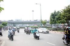Phát triển giao thông ở sân bay Tân Sơn Nhất: Nhiều dự án chờ mặt bằng