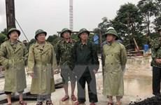 Sạt lở đất ở Hướng Hóa: Bắt đầu đưa thi thể nạn nhân ra ngoài
