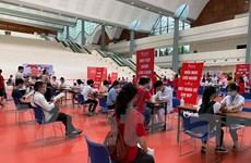Hàng ngàn người tham gia chương trình hiến máu Giọt hồng tri ân
