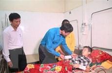 Thăm hỏi các nạn nhân vụ án mạng tại trường học ở Thanh Hóa