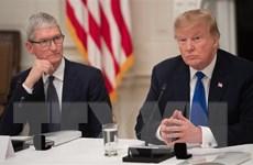 Tổng thống Trump sẽ hỗ trợ Apple trong cuộc đua với Samsung