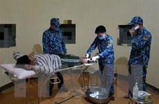 Khánh Hòa: Quân y đảo Đá Lớn A cứu chữa ngư dân bị tai nạn lao động
