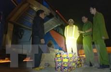 Bắt hai xe khách vận chuyển 140kg pháo từ Gia Lai về TP.HCM tiêu thụ