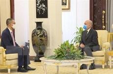 Đại sứ Vũ Quang Minh yết kiến và chào từ biệt Quốc vương Campuchia