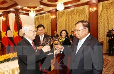 Mãi mãi giữ gìn, vun đắp phát triển mối quan hệ đặc biệt Việt-Lào